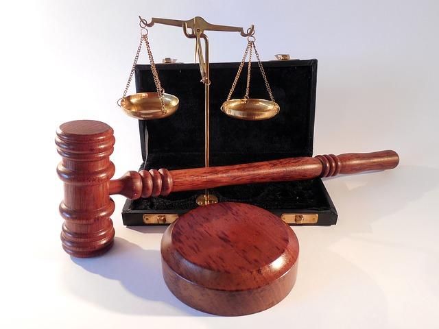 判例についてわかりやすく解説!最高裁判所の法解釈が実務を拘束する