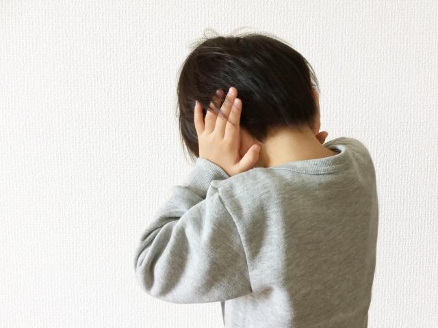 """教師による有形力の行使は体罰か懲戒か?全面対決""""学校vsモンペ"""""""